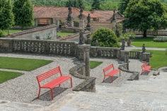 11_Villa della Porta Bozzolo_Casalzuigno Varese_Particolare della scalinata che attarversa le quattro terrazze_Collezione Segno
