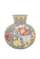 Richard Ginori_Giardino dell'Iris_Polvere_spherical vase ©Richard Ginori